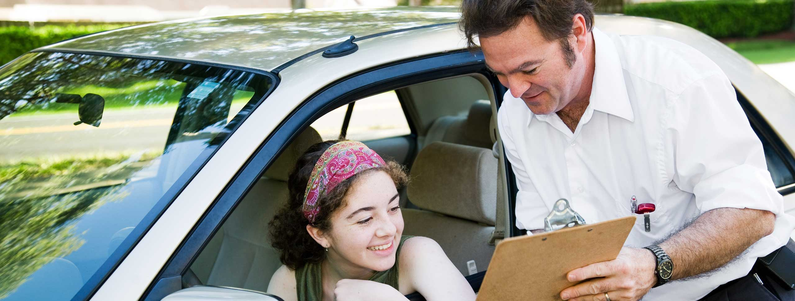 4 tips to help you do well on your driving test
